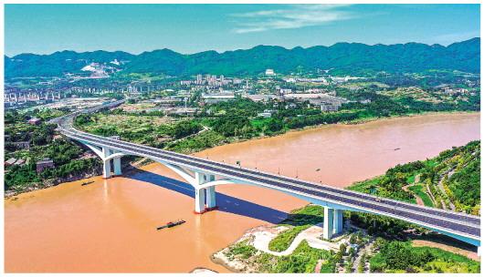 嘉陵江上架新橋