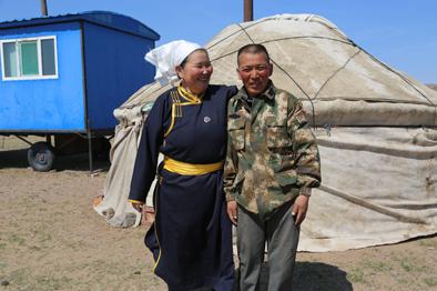 她家的蒙古包,是最溫暖的蒙古包